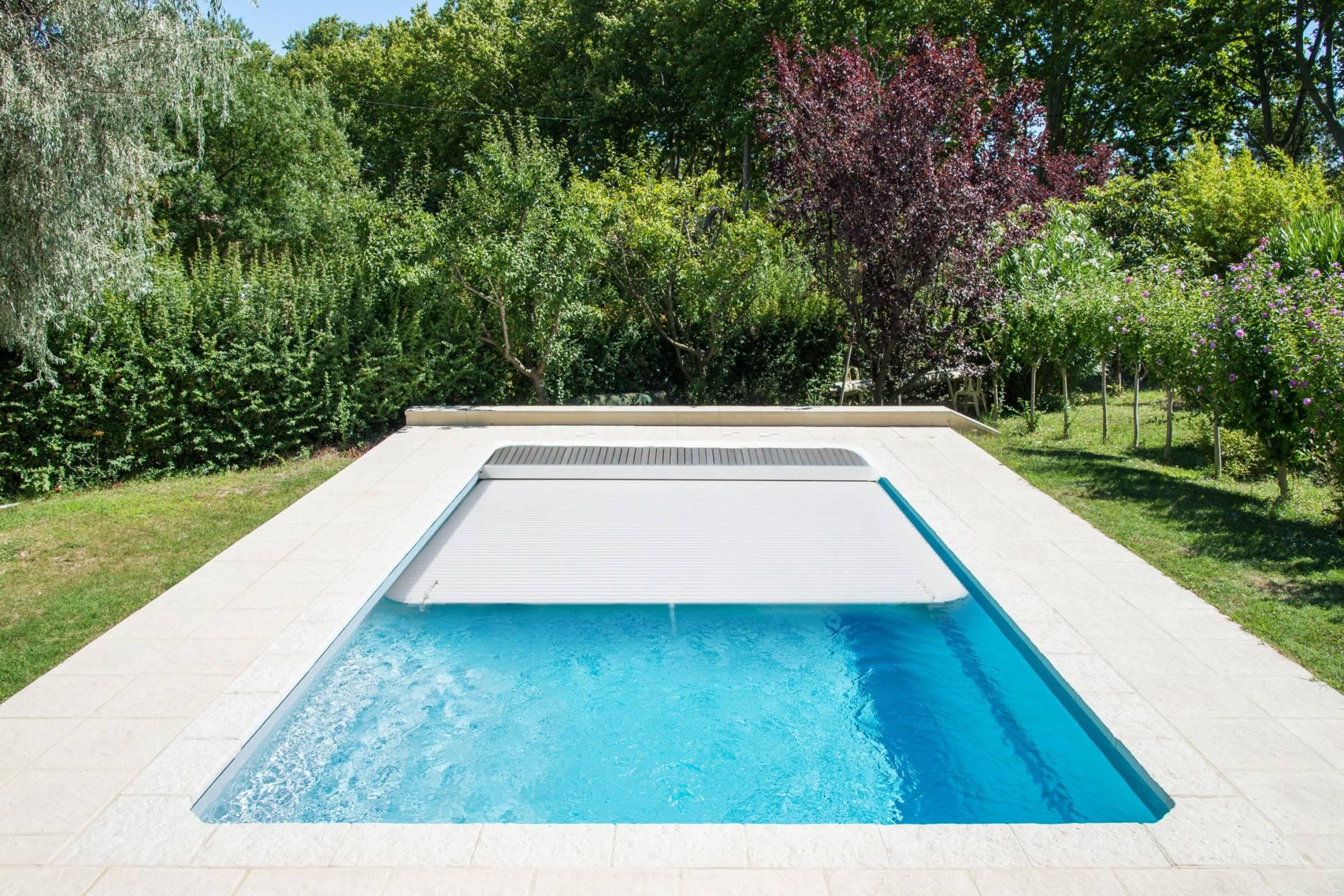 Pose livraison et installation piscine Bali Poitiers Vendée
