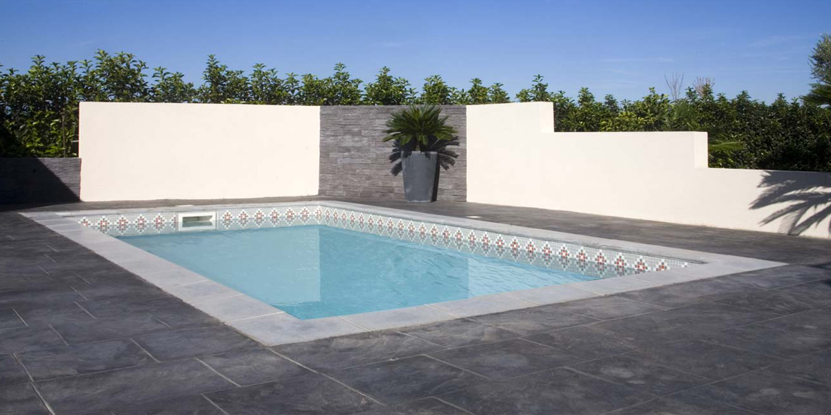 Bermudes piscine Mediester Roche sur Yon